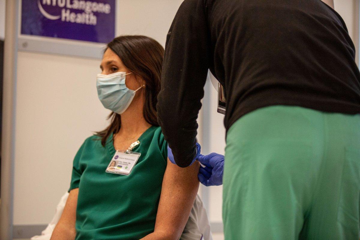 """Featured image for """"Publicatie rapport 32: Gezondheidswerkers verplichten tot vaccinatie?"""""""
